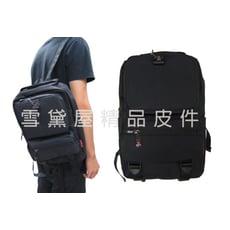 單肩後背包中容量可單左肩單右肩雙肩背內固定水瓶設計防水尼龍布+皮革材質輕便隨身品