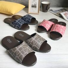 台灣製造-舒適耐穿-經典系列-皮質室內拖鞋-個性方格