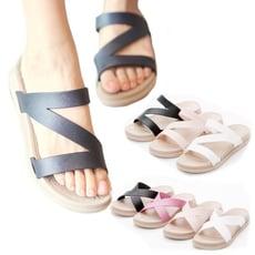 FollowMe拖鞋-寬版交叉/Z字Q軟輕量防水羅馬休閒拖鞋-2款選