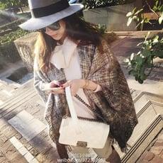 圍巾冬季女格子流蘇披肩歐美兩用秋冬保暖超大斗篷外套披肩仿羊絨1入