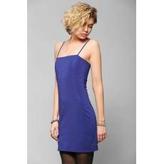 辣媽咪【olina】美國潮牌Urban Outfitters 微彈性細肩帶S曲線小洋裝 藍色-S