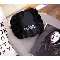【TD】DINIWELL 韓版大容量懶人抽繩化妝包 多功能束口旅行收納包 洗漱包