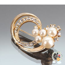 圓滿珍珠造型別針