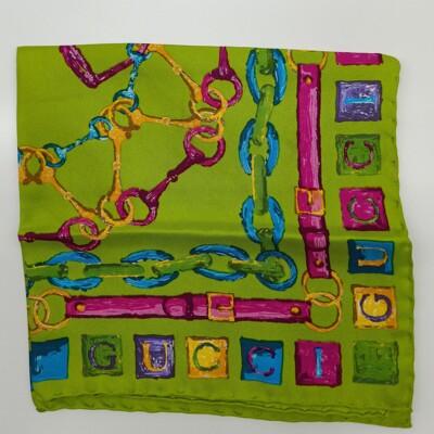 【新品推薦】GUCCI 綠底油漆畫風鎖鏈手帕42*42cm 交換跨年情人禮物