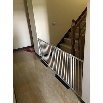 (門欄白色款)單門組合的235-245公分 狗柵欄 圍欄 嬰幼兒門欄 樓梯護欄 柵欄