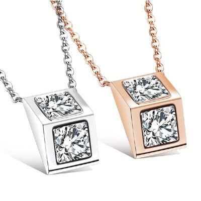 三角方鑽女性白鋼項鍊-AKS1082